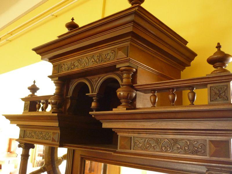 Exkluzív antik bútorok
