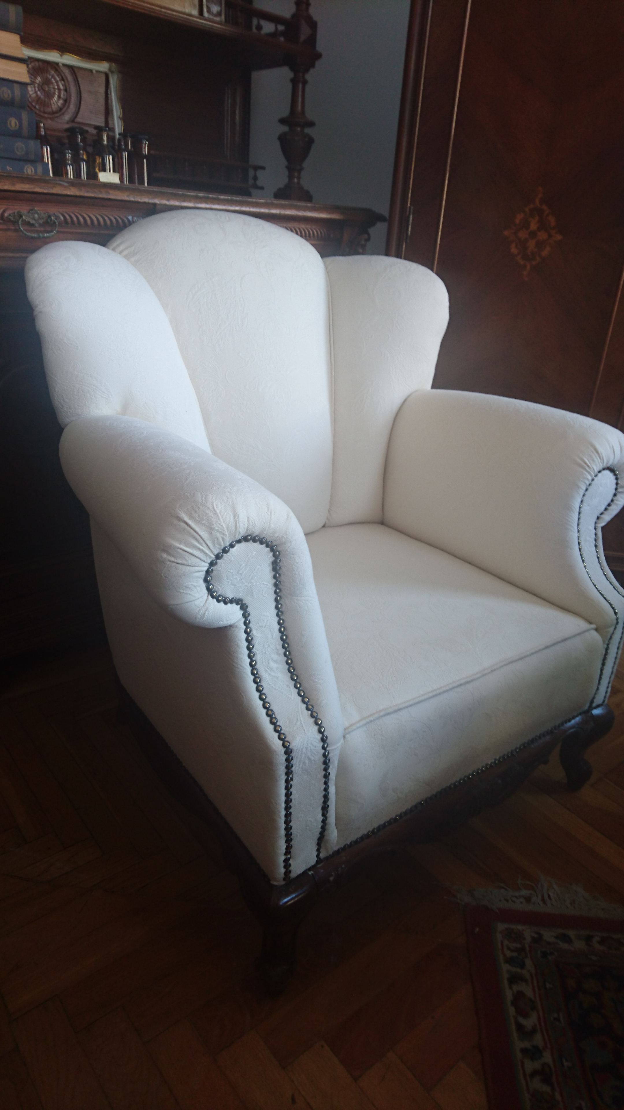 Füles fotel bükkfából Világos füles ... 951cc71f87